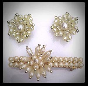 VINTAGE GoldTone Pearly Hair Clip +ClipOn Earrings
